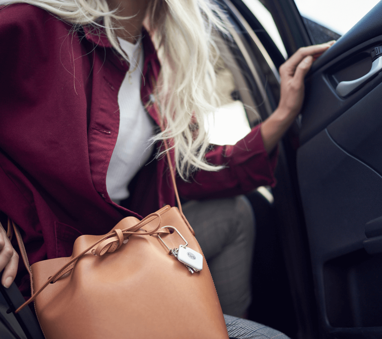 Tile's purse tracker helps you find your lost purse with your smartphone.
