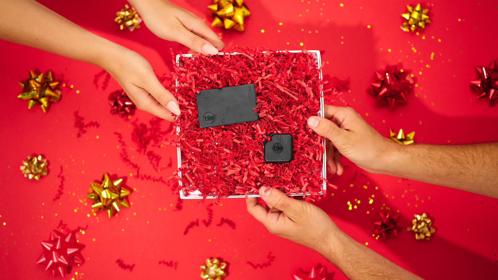 Shop the best holiday tech gifts in 2020 using Tile's holiday gift guide! Find something for everyone -- no matter who's on your list.